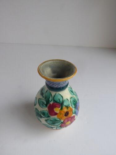 Petite vase de Monaco signé