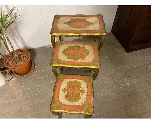 Tables gigognes florentines par Fratelli Paoletti colorer feuilles d'or 1930s