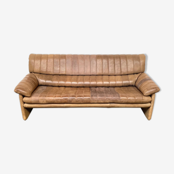 Vintage Swiss buffalo leather sofa DS-86 by The DeSede design team by Desede 1970s