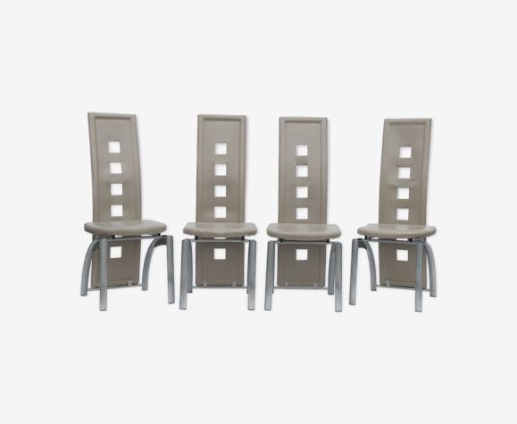 Série de 4 chaises à dossier haut