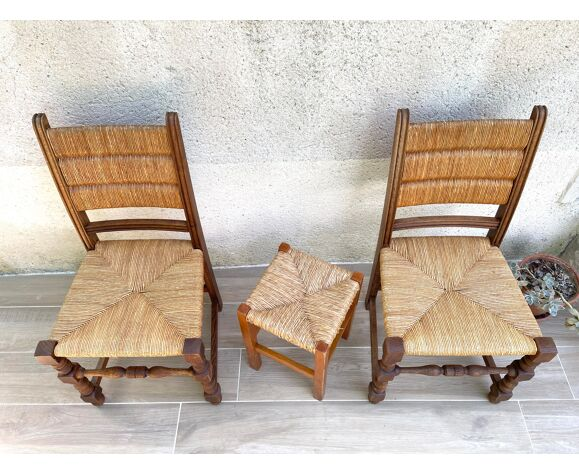 Paire de chaises paillées