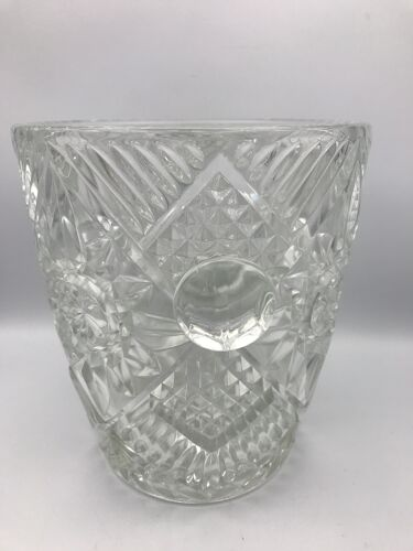 Seau à champagne en verre ou cristal dit de bohème