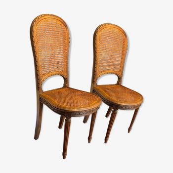 Table de salle à manger et 6 chaises cannÉes