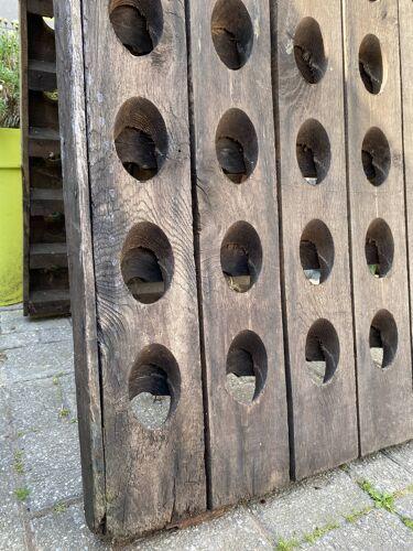 Porte bouteilles en bois ancien