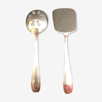 Couverts de service en métal argenté ercuis