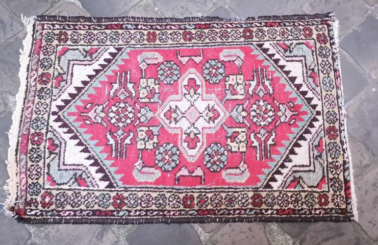 Tapis d'orient fait main persan 84 x 54 cm