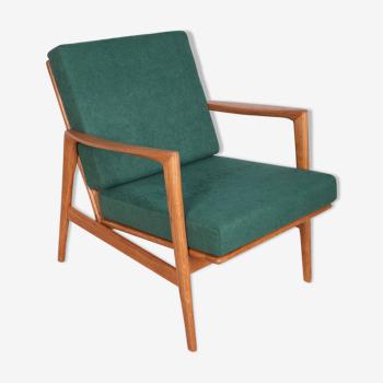 Fauteuil modèle 300-139  de Swarzędzka Furniture Factory, années 1960