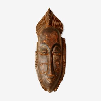 Masque tribal en bois