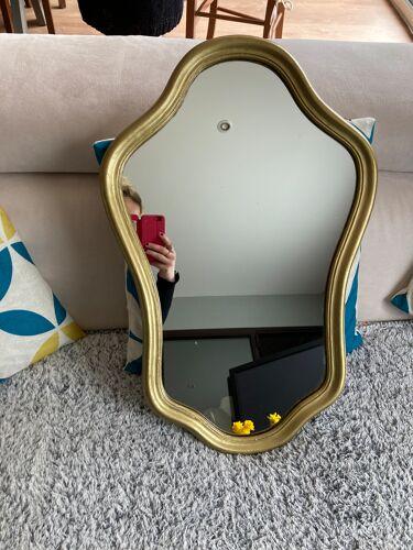 Miroir bois et résine dorée