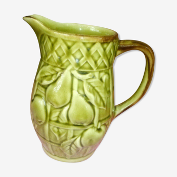 Pichet poterie poet laval  drome  barbotine