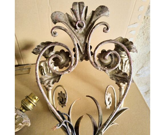 Paire d'appliques en fer baroques vintage