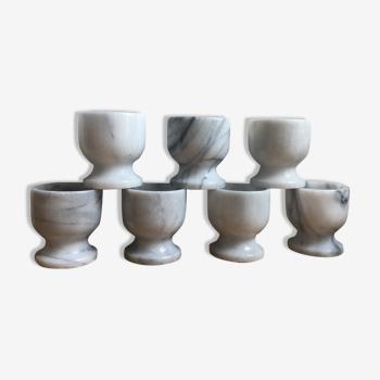 Ensemble de 7 coquetiers en marbre blanc