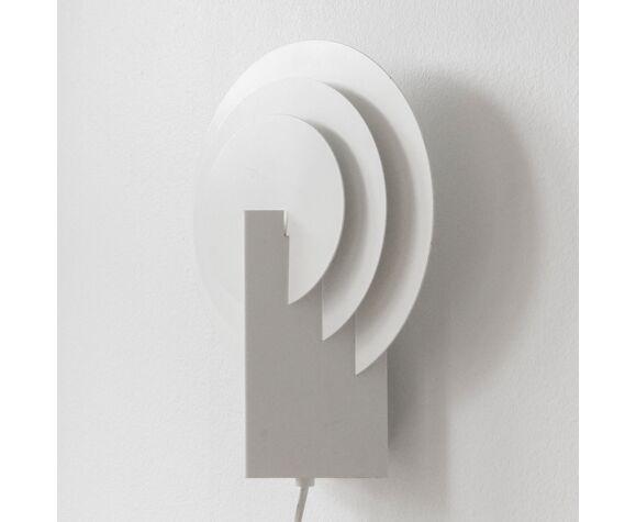 Postmodern geometric wall sconce