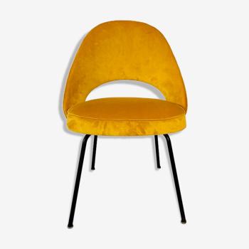 "Chaises ""Conférence"" par Eero Saarinen pour Knoll International, USA 1960's."
