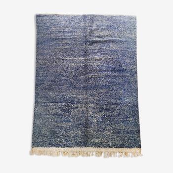 Tapis berbère marocain Beni Ouarain écru et bleu moucheté 298x203cm
