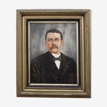 Portrait men 1930 in gold frame