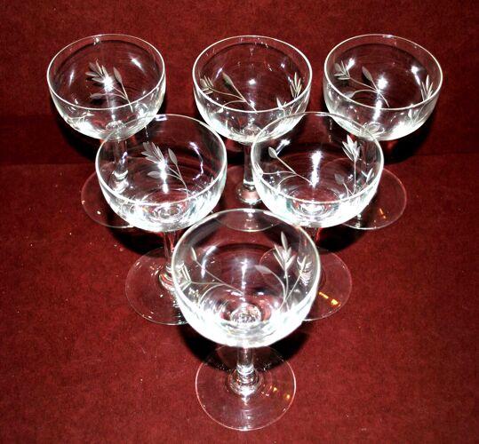 Lot de 6 verres à pied vintage en verre soufflé gravé - apéritif rhum bistrot 10cm