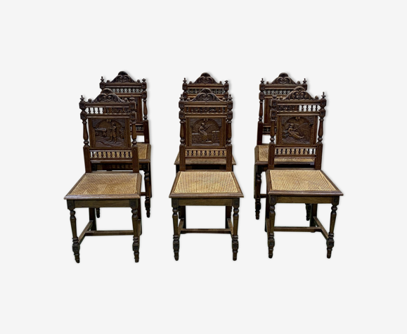 Suite de 6 chaises bretonnes en chêne clair et assise cannée