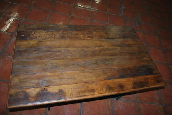 Table de salon avec pietement en fer forgé style art déco