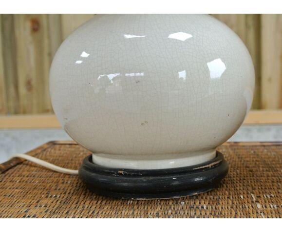 Paire de lampes - pied en céramique blanc cassé - basse en bois