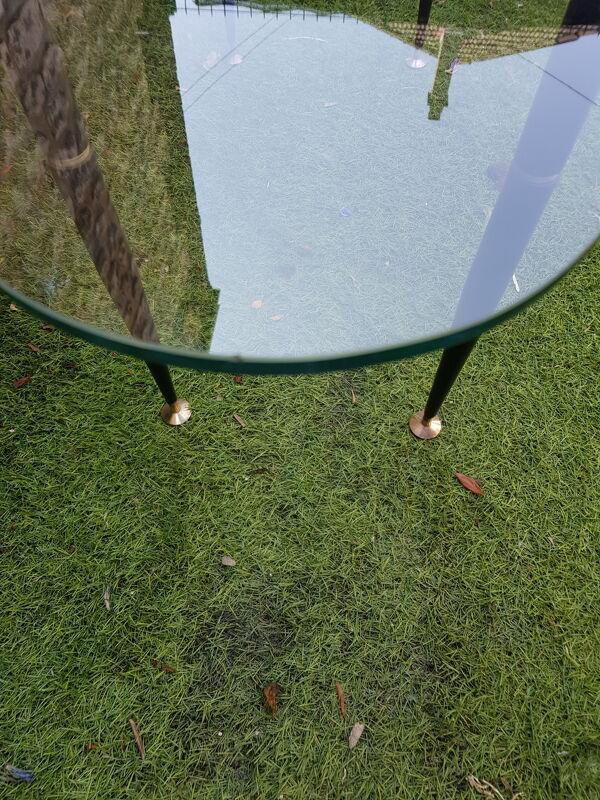 Table basse 1950 ovale en verre acier et laiton