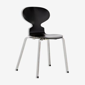 Chaise modèle Ant d'Arne Jacobsen pour Fritz Hansen