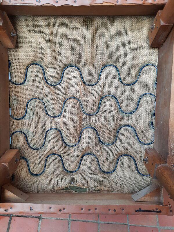 Paire de fauteuils skaï années 50