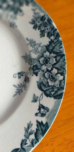 Assiette plate en porcelaine Moulin des Loups et Hamage modèle Marie-Louise