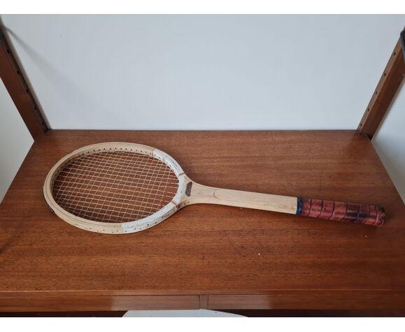 Raquette de tennis vintage