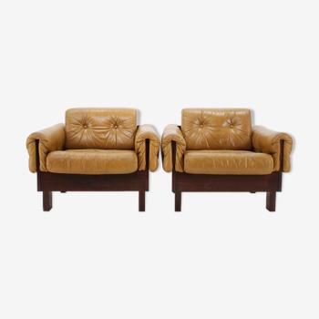 Paire de fauteuils en cuir cognac scandinave des années 1970