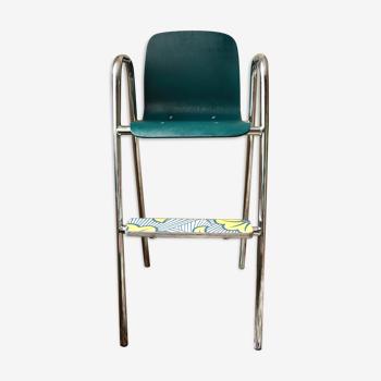 Chaise haute vintage pour enfant