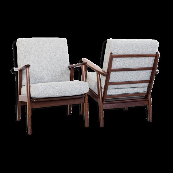 Paire de fauteuils danois en teck massif et tissu des années 1960