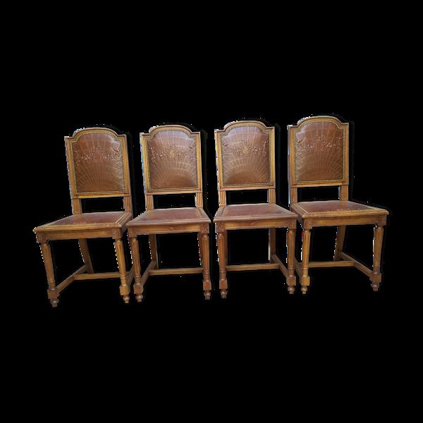 Set de 4 chaises style Louis XVI cuir