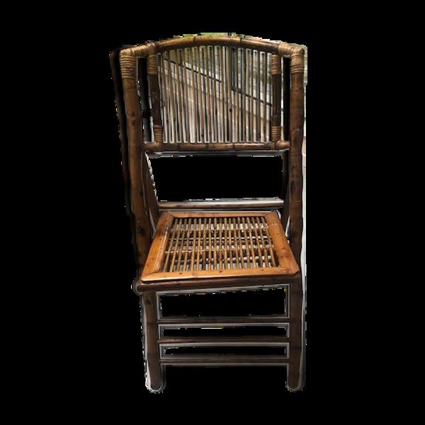Chaise en bambou pliante