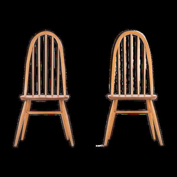 Deux chaises scandinaves en chêne