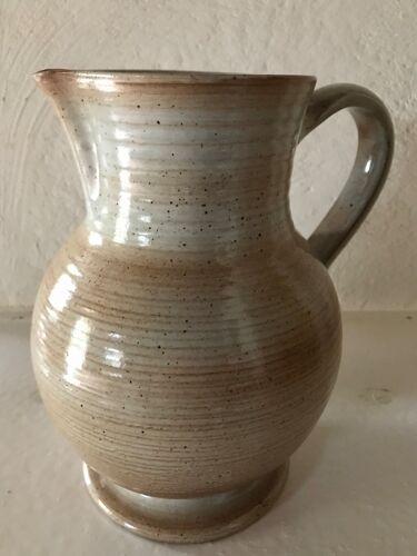 Pichet en grès beige sable vintage