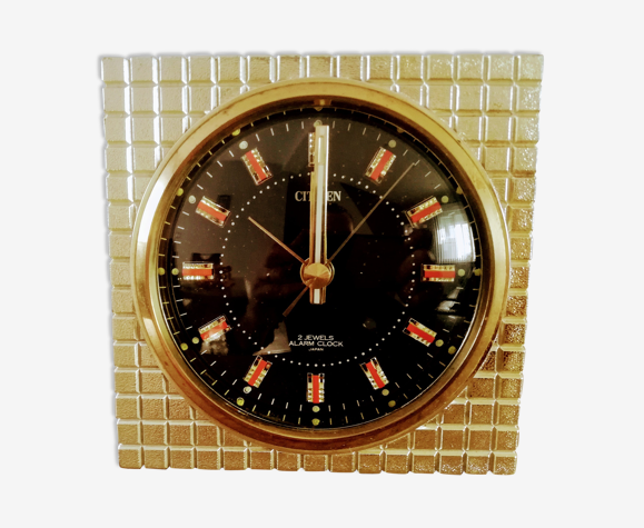 Réveil mécanique vintage