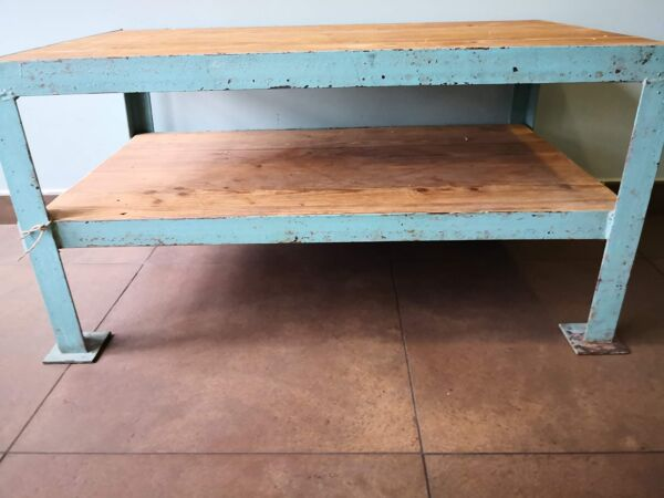 Table basse vintage, déco loft ou industrielle, bois et métal