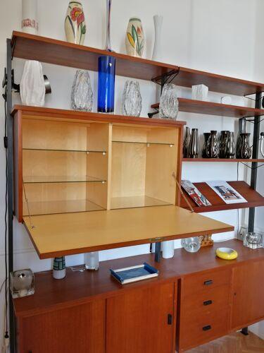 Système d'étagères et caissons modulable en teck d'Olof Pira