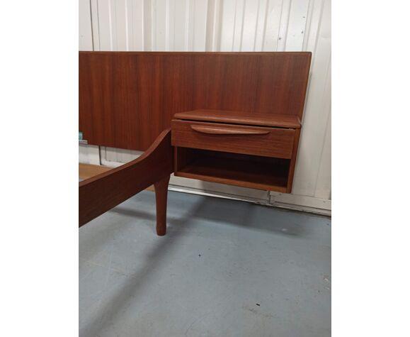 Lit en teck avec ses chevets meuble TV Paris