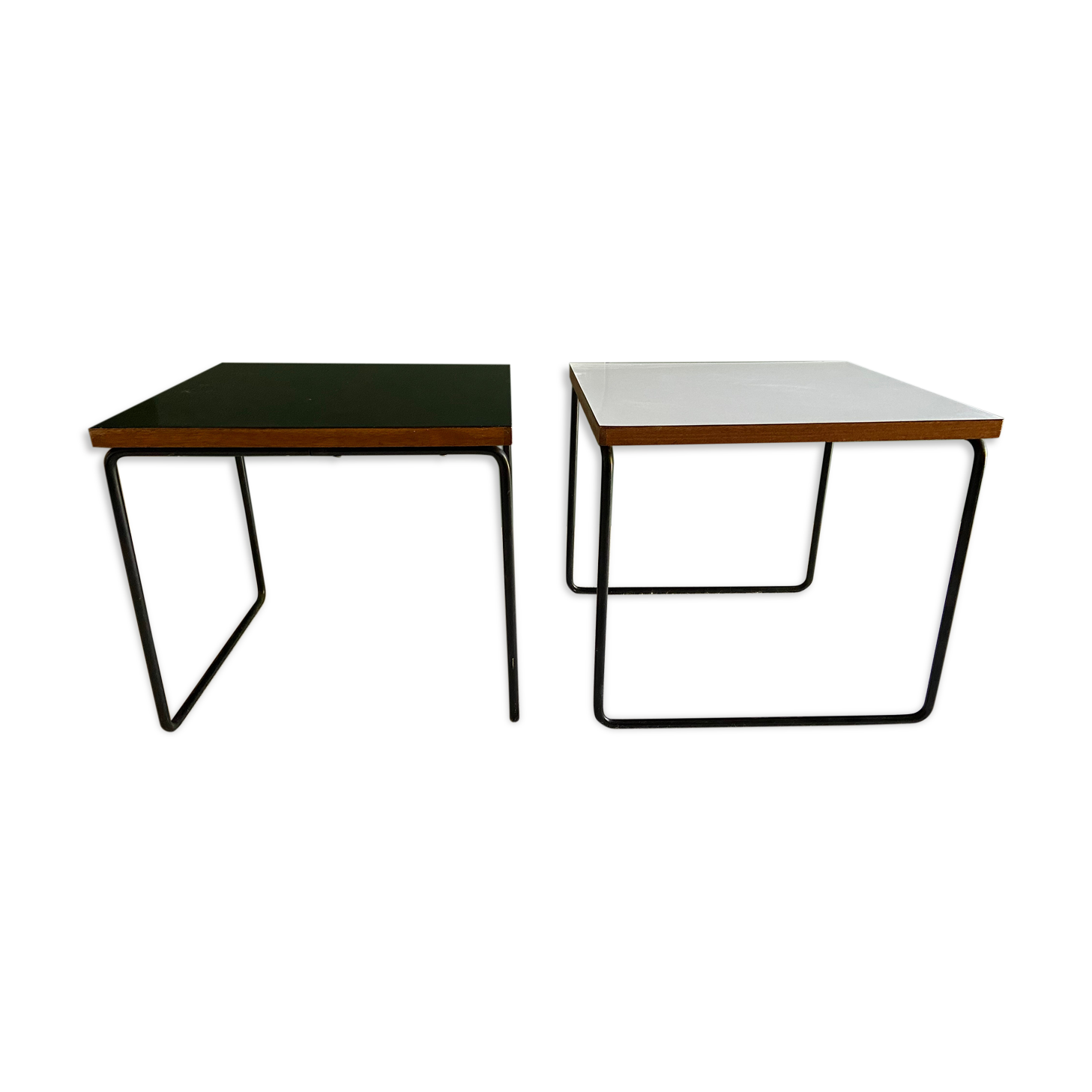 Lot de deux tablesVolantes, Pierre Guariche Steiner 1950