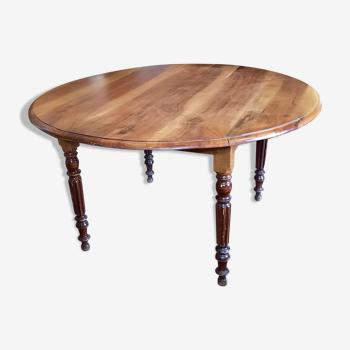 Table à volet en noyer
