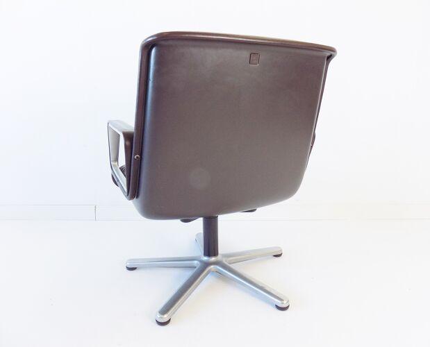 Paire de fauteuils Lowback Wilkhahn Delta 2000