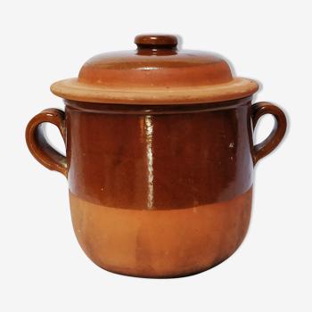 Pot en terre cuite avec couvercle