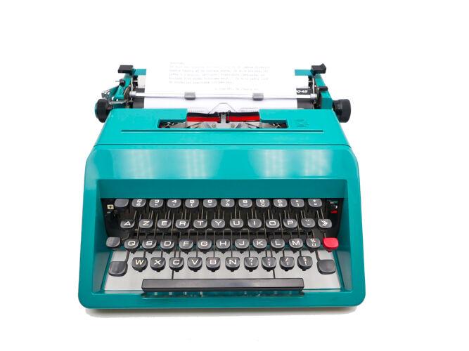 Typewriter Olivetti Studio 45 green vintage revised ribbon new