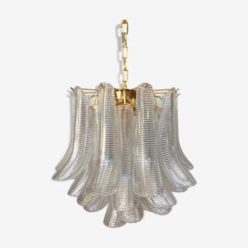 Lustre en verre de Murano avec le cadre en métal d'or transparent «Selle» italien