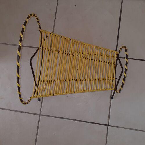 Porte vinyles métal noir et scoubidou jaune