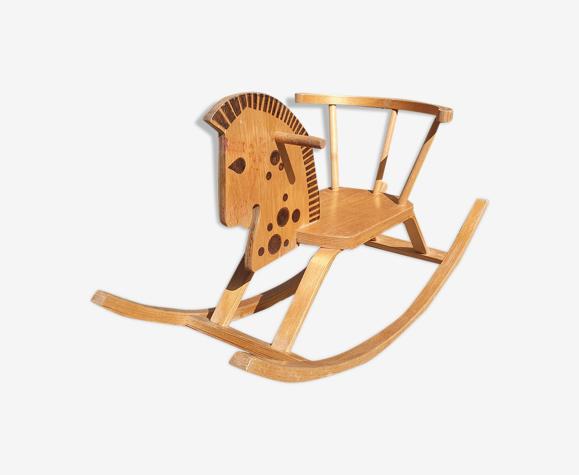 Cheval de bois à bascule vintage