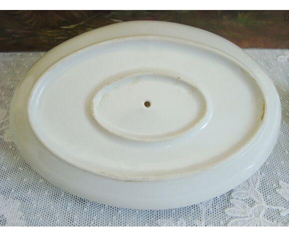 Saucière en porcelaine avec rayures couleur framboise