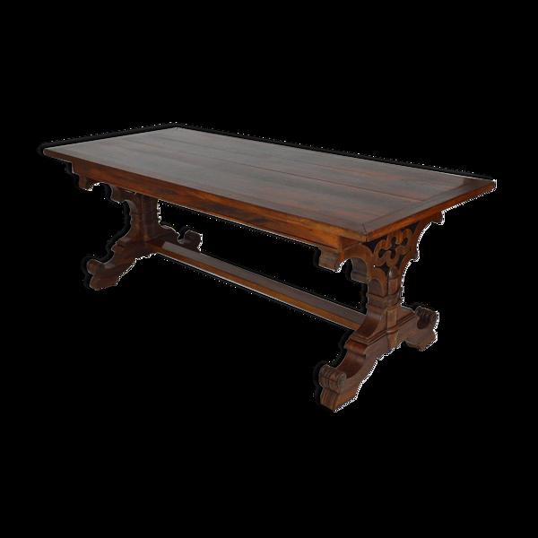 Table anglaise neo-gothique en acajou vers 1840